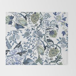 Blue vintage chinoiserie flora Throw Blanket