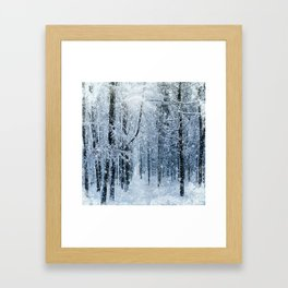 Winter wonderland scenery forest  Gerahmter Kunstdruck