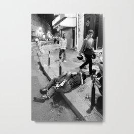 kiss in Paris Metal Print