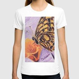 Delicateness butterfly | Délicatesse papillon T-shirt
