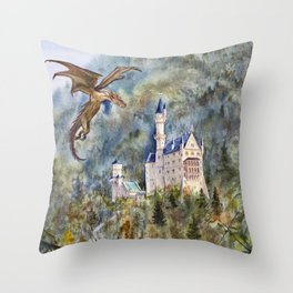 Of castles and dragons Throw Pillow