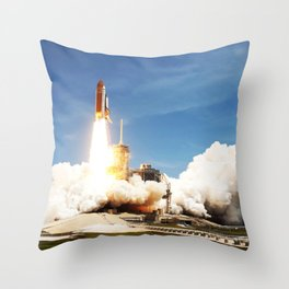 Space shuttle Atlantis and its four-member STS-135 crew head toward Earth orbit and rendezvous with Throw Pillow