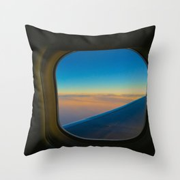 airplane dreaming Throw Pillow
