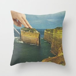Serving up cake by the seaside - Cake slice Throw Pillow