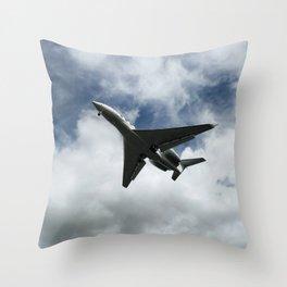 Silhuette of an aircraft Throw Pillow