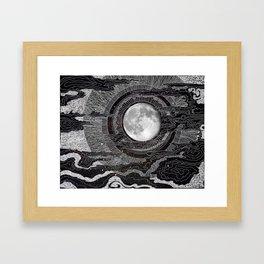Moon Glow Gerahmter Kunstdruck