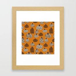 Leopard print pumpkins pattern - leopard pumpkins, halloween, fall, decor, fashion Framed Art Print
