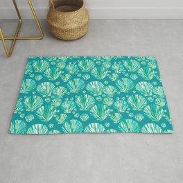Modern Geometric Seashell Pattern, Aqua and Turquoise Rug