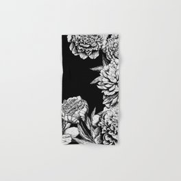 FLOWERS IN BLACK AND WHITE Hand & Bath Towel