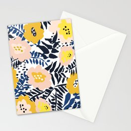 Outdoor: florals matching to design for a happy life Stationery Cards