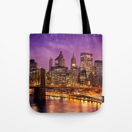 Awesome Brooklyn Bridge Magnificent Manhattan Skyline Citylights At Romantic Evening Red Ultra HD Tote Bag