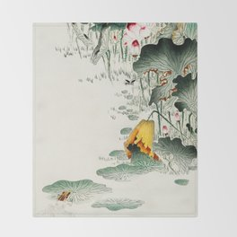 Frog in the swamp  - Vintage Japanese Woodblock Print Art Throw Blanket