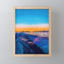 mírame  Framed Mini Art Print