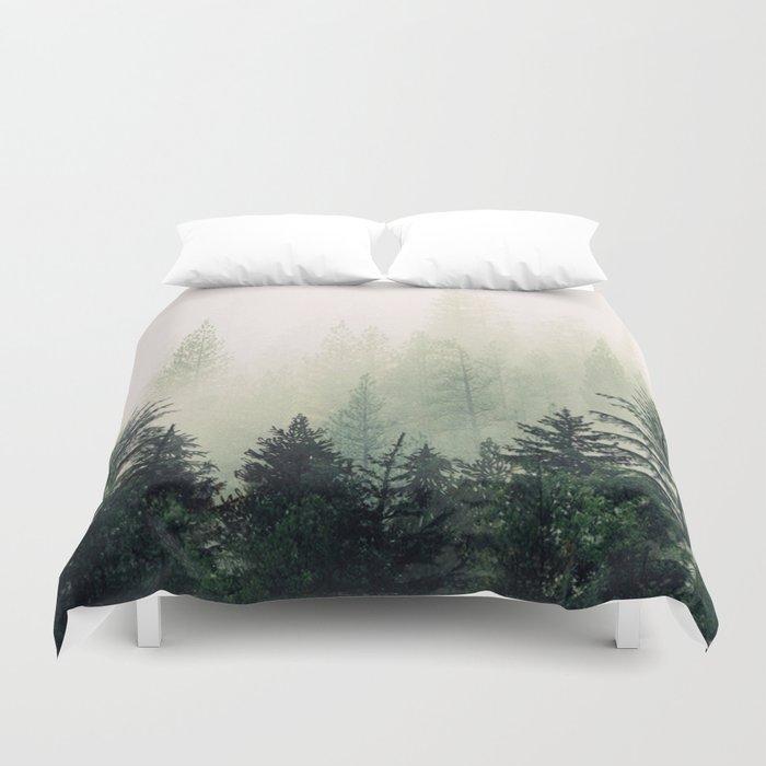 Foggy Pine Trees Bettbezug