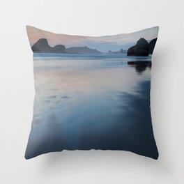 Luffenhotlz Throw Pillow