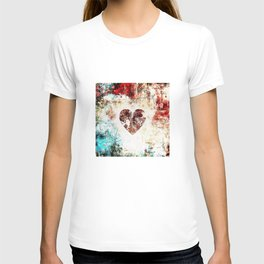 Vintage Heart Abstract Design T-shirt