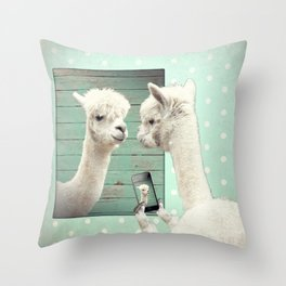 ALPACA - SELFIE Throw Pillow