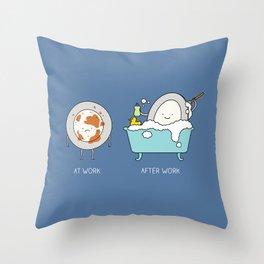 Bubble bath Throw Pillow