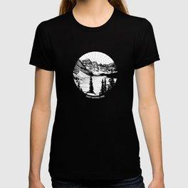 Moraine Lake, Banff National Park, Alberta, Canad T-shirt