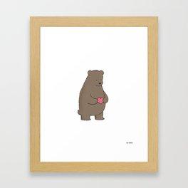 Bear & Heart  Gerahmter Kunstdruck