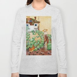 Felicia, A Farmer Whose Chicken Is Told That Her Mother Is A Queen Long Sleeve T-shirt