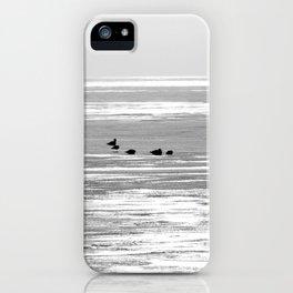 Espera para la primavera iPhone Case