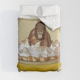 Lemon 'Merangutan' Pie - Orangutan Monkey in Lemon Meringue Pie Comforters