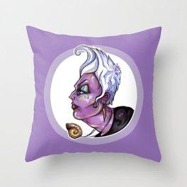 Dark Diva – Ursula Throw Pillow