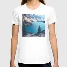 Canadian Serenity: Moraine Lake T-shirt