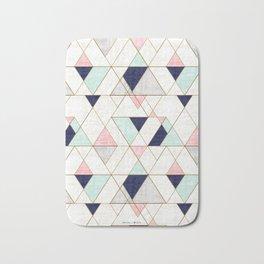 Mod Triangles - Navy Blush Mint Badematte