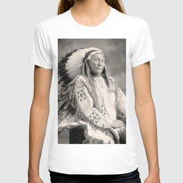 chief hollow horn bear T-shirt