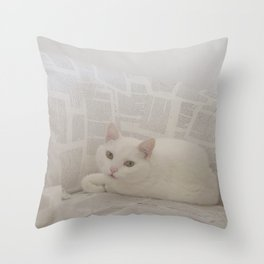 miau Throw Pillow