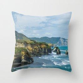 Three sisters elephant rock Tongaporutu Throw Pillow