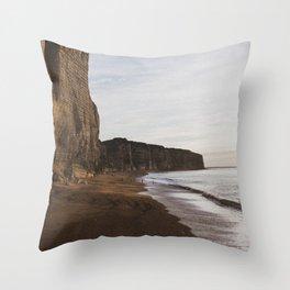Étretat #6 Throw Pillow