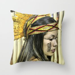 Natural beauty (no retouch) Throw Pillow