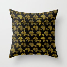Irish Shamrock clover  pattern Throw Pillow