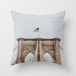 New York City V / Brooklyn Bridge Throw Pillow