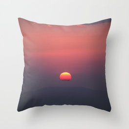 Red sun through the mountains. Sierra Nevada National Park. Throw Pillow