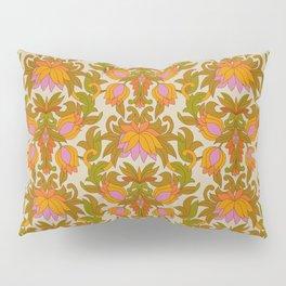 Orange, Pink Flowers and Green Leaves 1960s Retro Vintage Pattern Kissenbezug