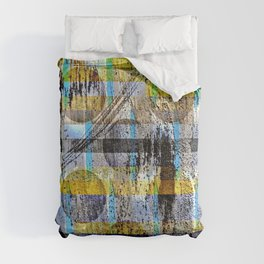 ABSTRACT/LIPSTICK ON A PIG Comforters