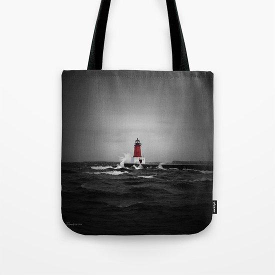 Lighthouse Glow by photographybymsjudi