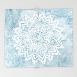 LIGHT BLUE MANDALA SAVANAH Throw Blanket