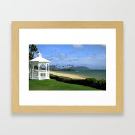 HAPPY HAWAII Framed Art Print