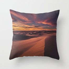 Arabian desert Throw Pillow