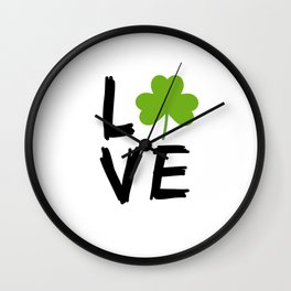 Love St Patricks Day Wall Clock