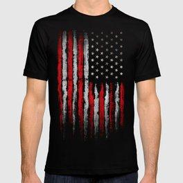 Red & white Grunge American flag T-shirt