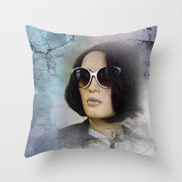 showcased -12- Throw Pillow