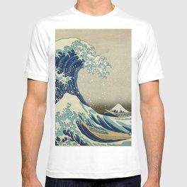 The Classic Japanese Great Wave off Kanagawa Print by Hokusai T-shirt