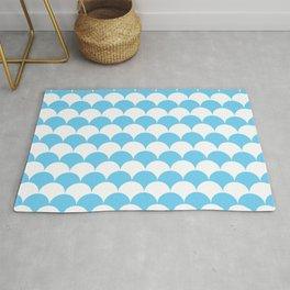 Light Blue Fan Shell Pattern Rug