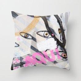 Aqui! Throw Pillow